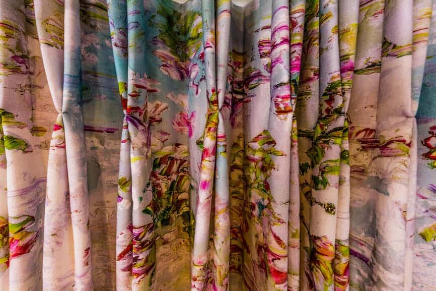 Choosing The Correct Fabric For Your Curtains